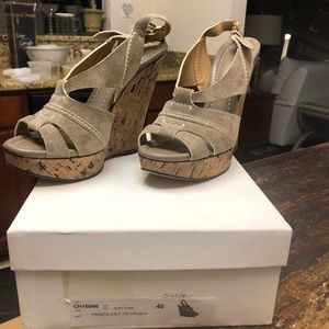 Chloe gray suede wedges size 40